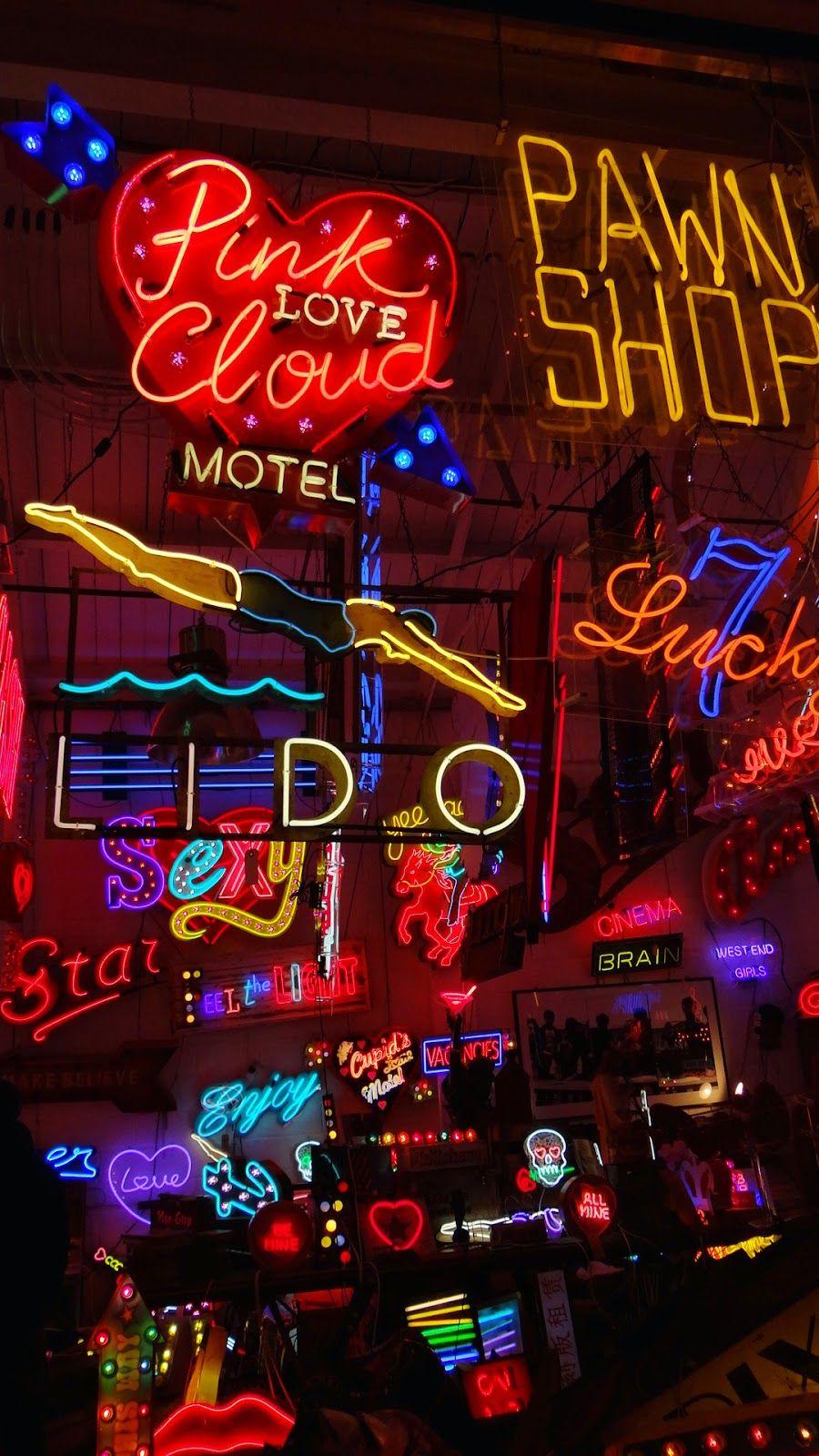 GIRL IN THE BIG SMOKE | Neon wallpaper, Neon signs ...
