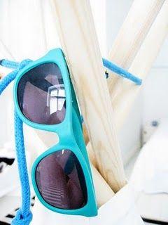 These look like MY blue sunnies! LOVE!