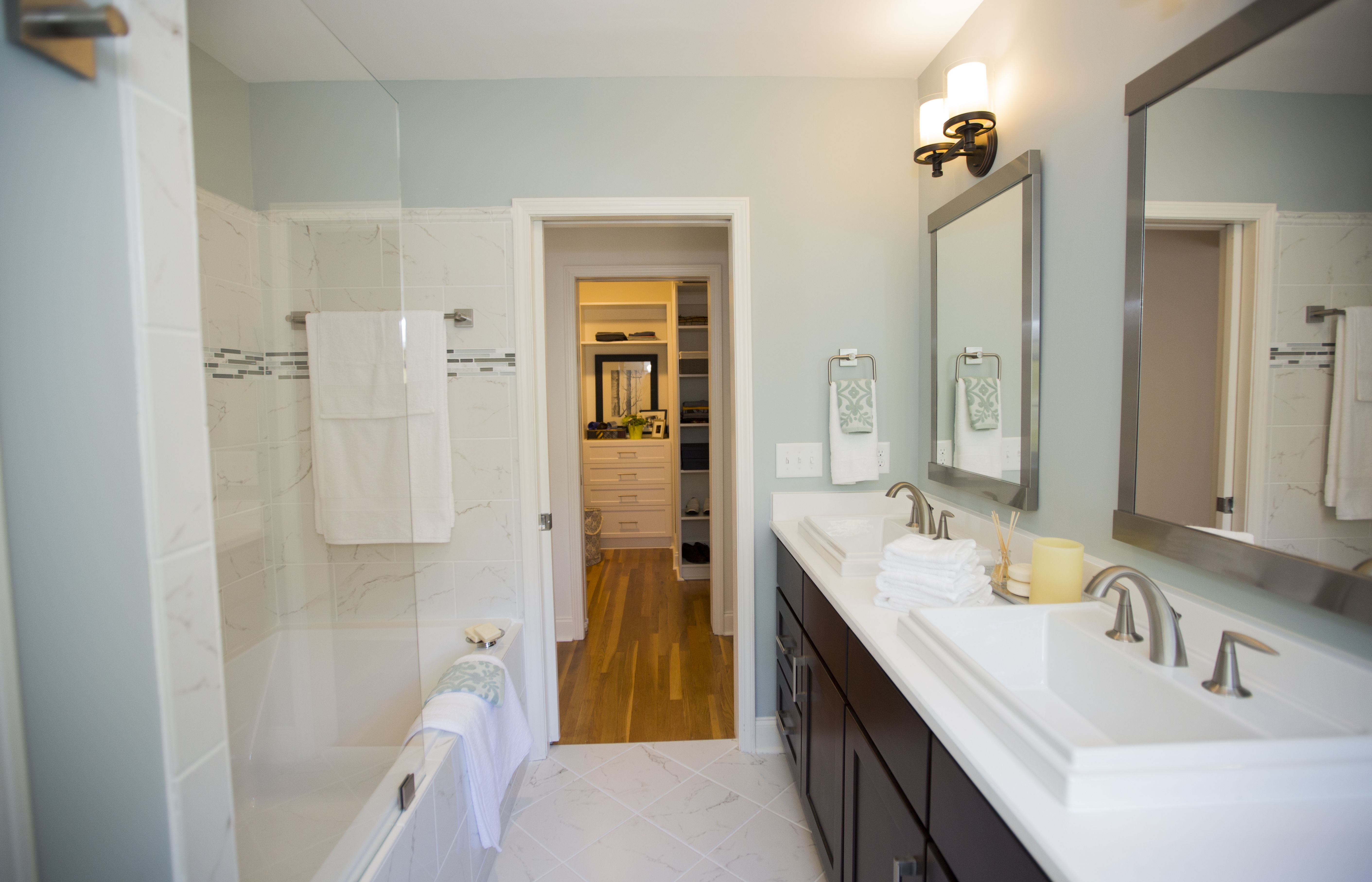 Love It Or List It North Carolina Bathroom Redesign, Kelly U0026 Eric, Episode  60131