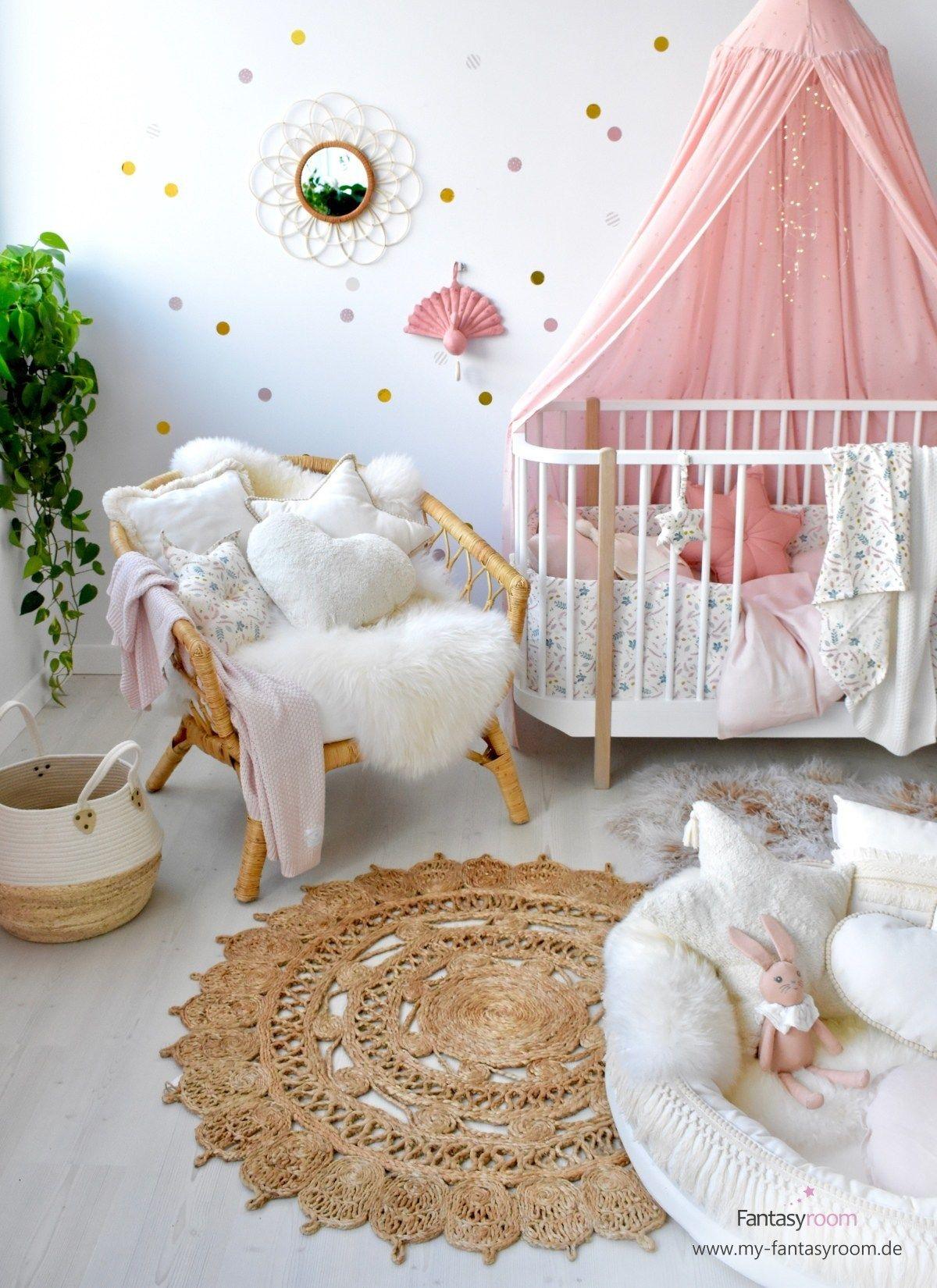 Madchen Babyzimmer In Altrosa Creme Bei Fantasyroom Online Kaufen Babyzimmer Kinder Zimmer Und Kinderzimmer