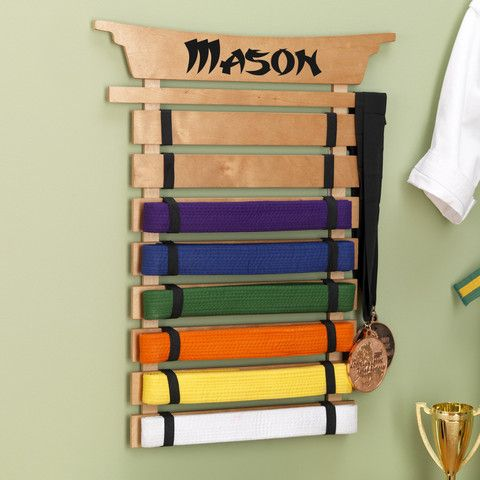 Personalized karate belt display karat ceinture noire for Decoration chambre karate