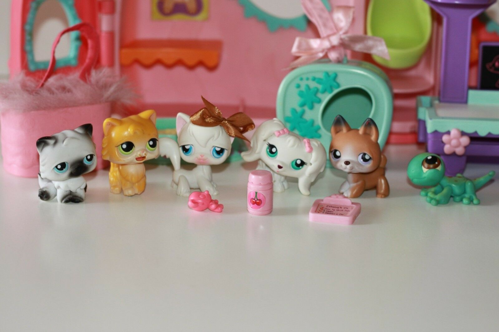 Hasbro Lps Littlest Pet Shop Get Better Center Accessories 6 Figures Bundle 1 Ebay Lps Littlest Pet Shop Littlest Pet Shop Little Pets