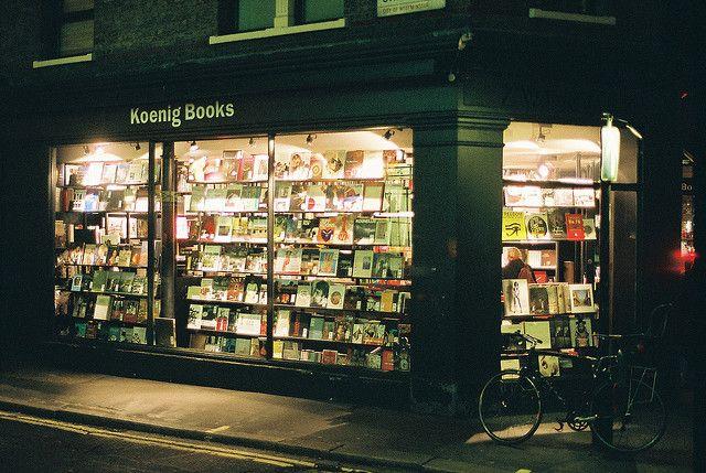 Koenig Books in London by (clareta)
