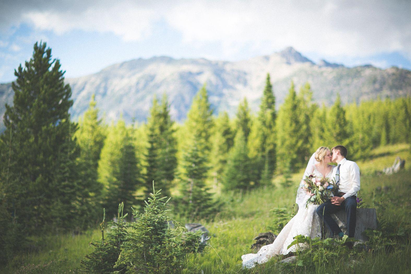 Montana Wedding Eye In The Sky Photography Resort Flowers Katalin Green