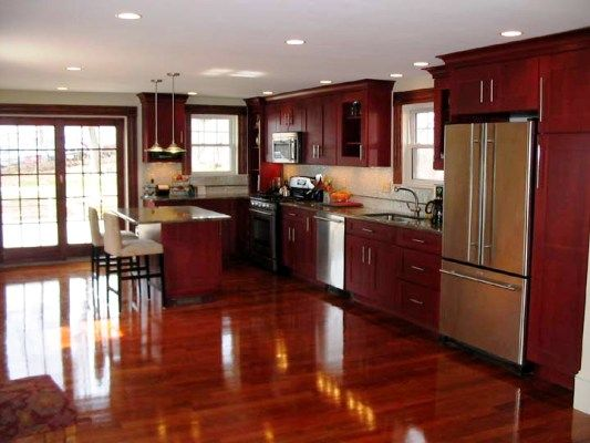 The wonderful kitchen backsplash ideas for maple cabinets for Floors to match cherry cabinets