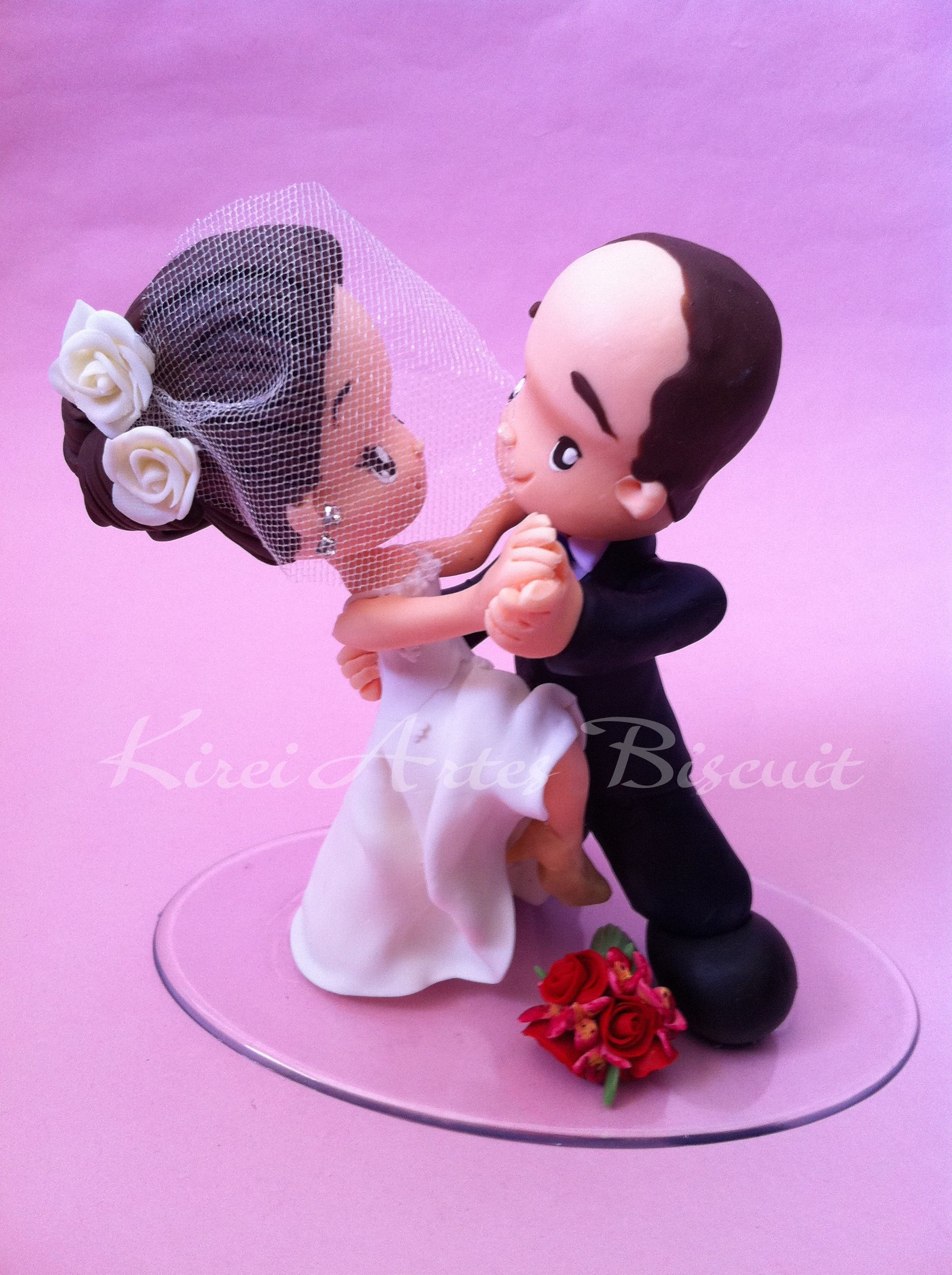 Noivinhos dançando tango | Biscuit casamento | Pinterest | Dolls