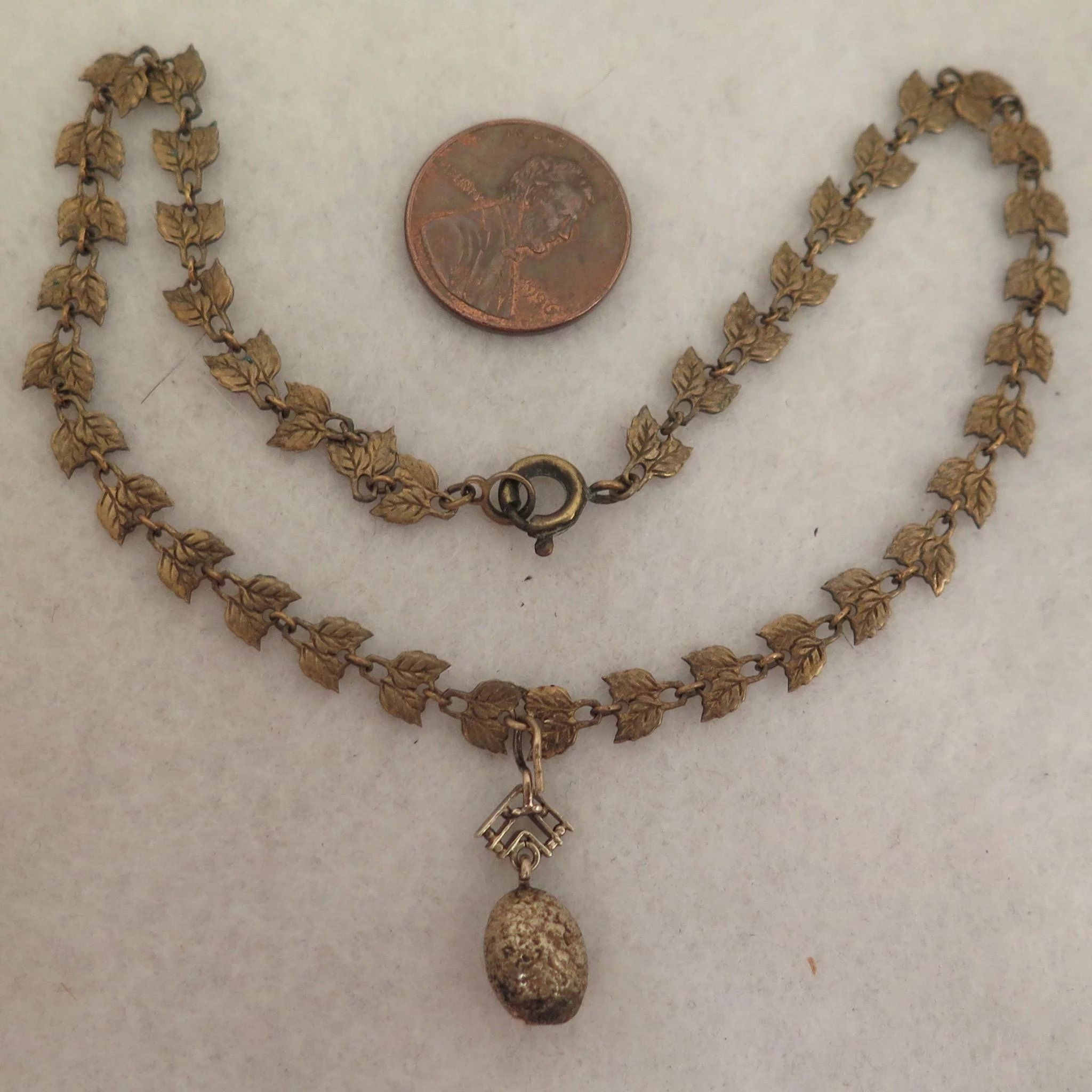 Victorian child necklace with k gold nugget pendant in
