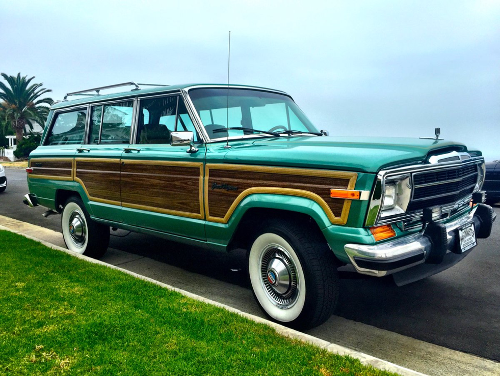 Throwback Thursday With A Cool Wag Jeep Wagoneer Green Jeep