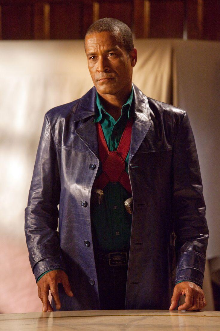 Pin By Slim Duke On Heroes Foes Smallville Martian Manhunter The Martian