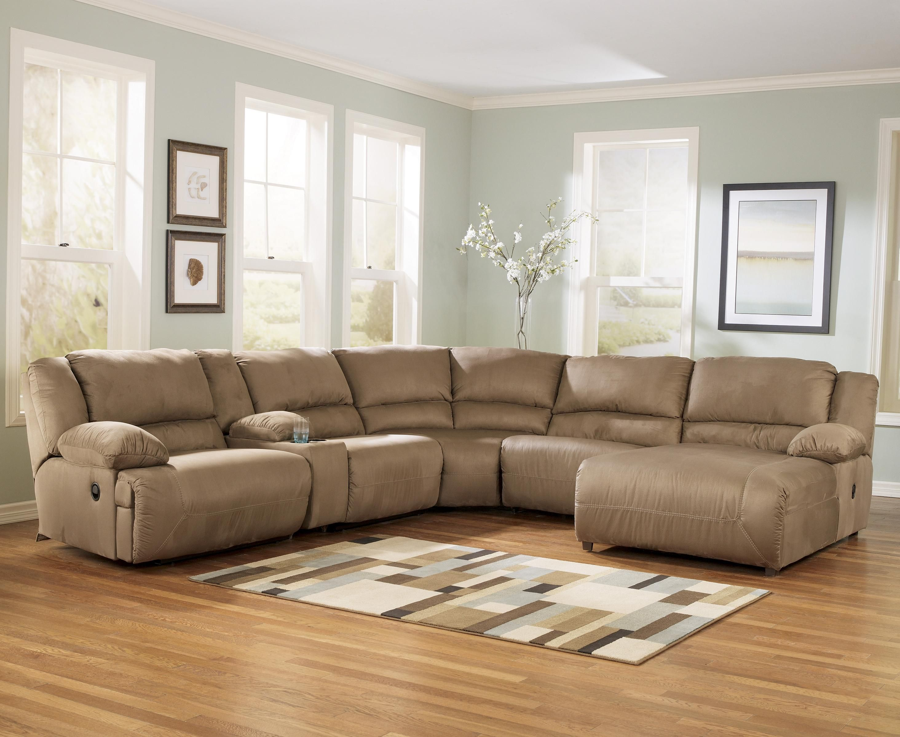 Hogan   Mocha 6 Piece Motion Sectional With Right Chaise And Console By  Signature Design By Ashley