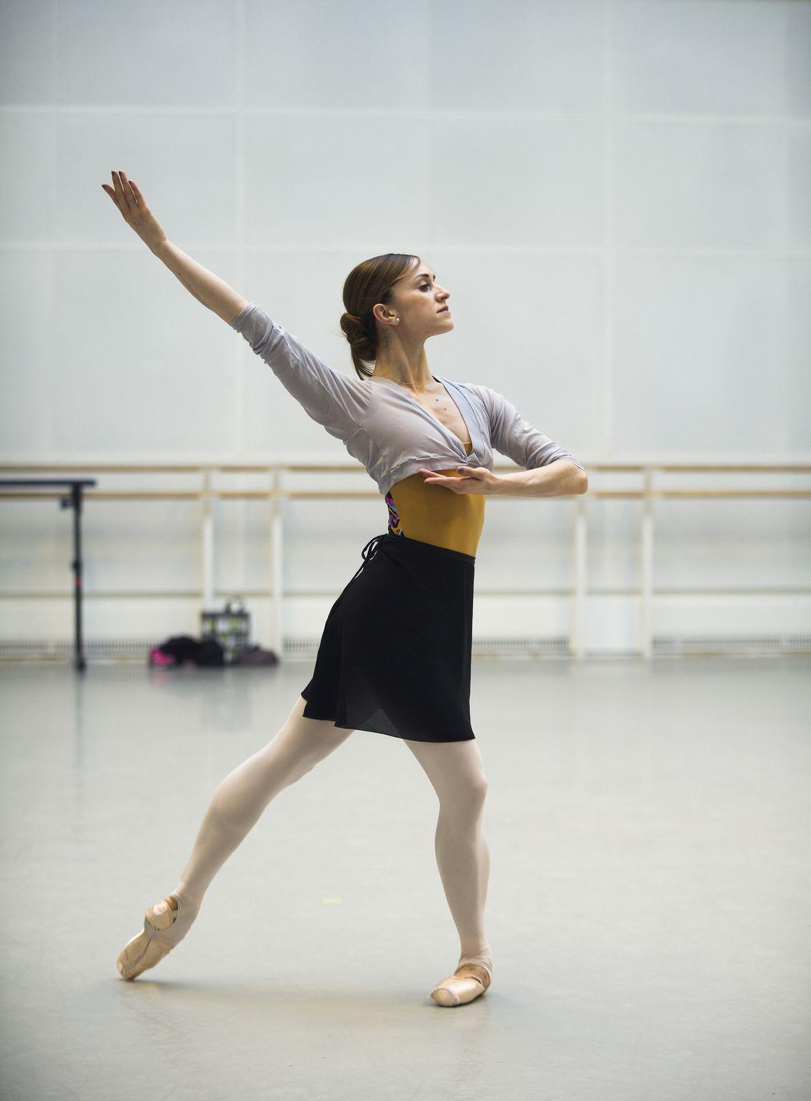 Marianela Nuñez in rehearsal for Scènes de ballet, The Royal Ballet ©…