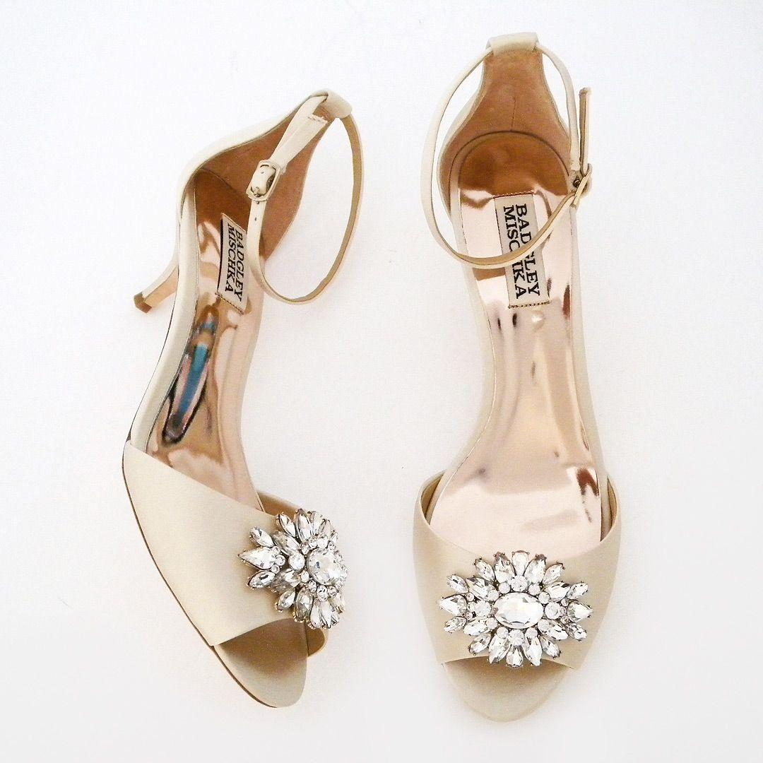 Kitten Heel Wedding Shoes Badgley Mischka Shoes Sainte Ivory Kitten Heel Wedding Shoes In 2020 Kitten Heel Wedding Shoes Wedding Shoes Heels Bridal Shoes Low Heel