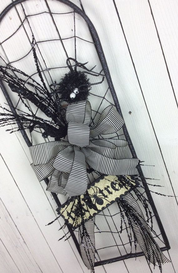 Spider Web wreath, Halloween Wreath, Halloween Sale Wreath