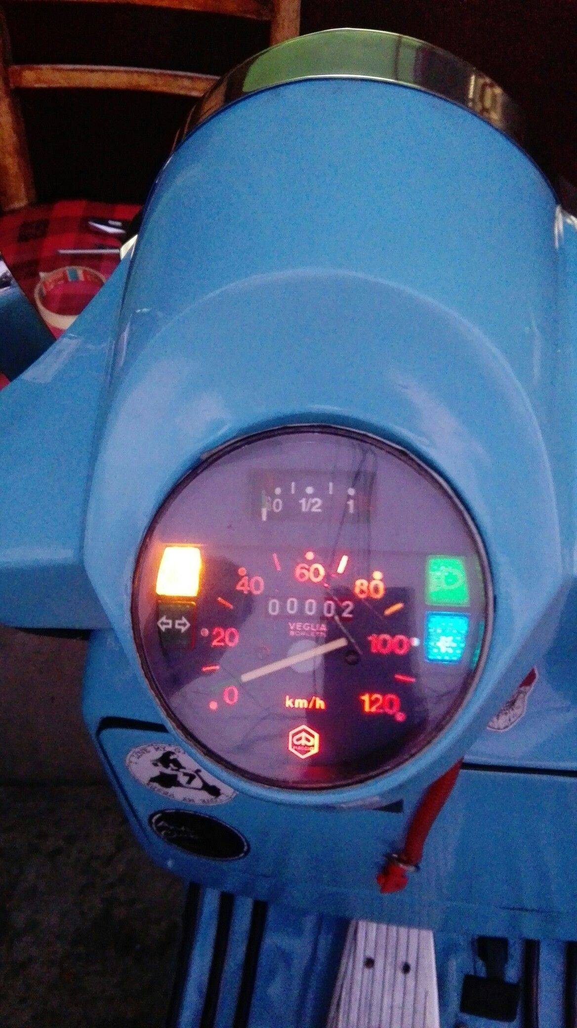 Xenon Verlichting Vespa Sprint Pin De James Ramirez En Vespa Led Vespa Y Led
