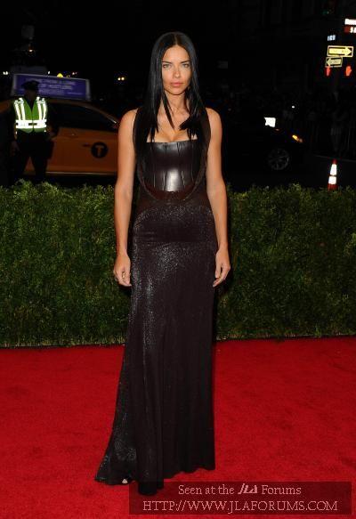 PICS: Adriana Lima HOTNESS in 2020 | Met gala 2014, Nice