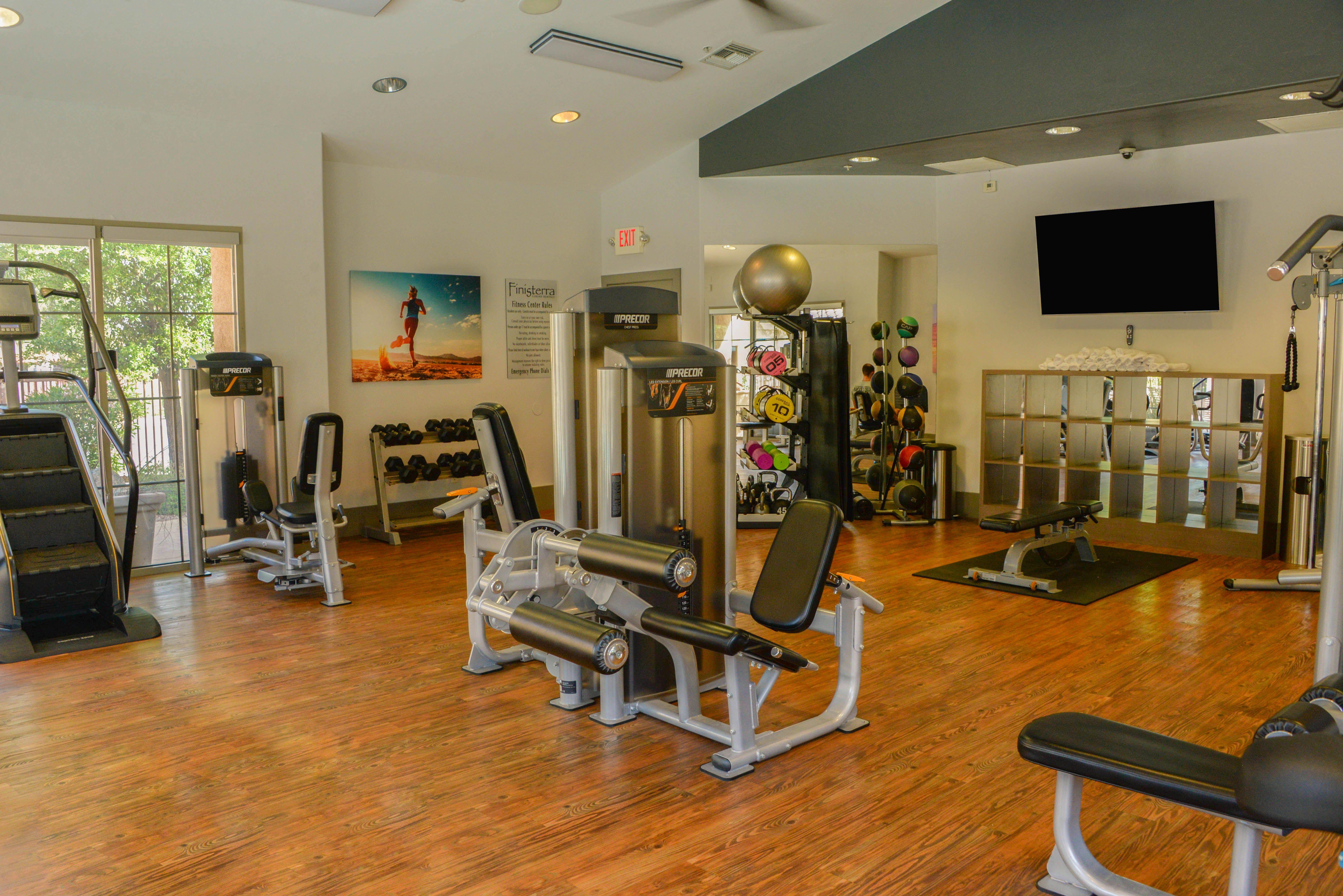Stateoftheart Fitness Room Luxury apartments, Rental