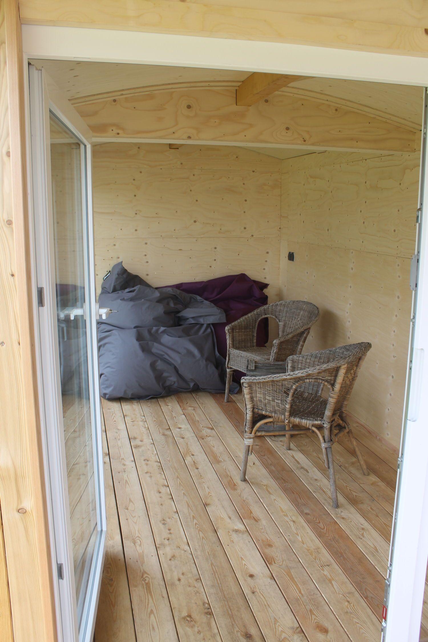 Bauwagen / Gartenhaus Tischlerei Camperworks Furniture