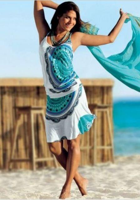 Plaj Elbisesi Modelleri Moda Stilleri Yazlik Kiyafetler Moda Kadin