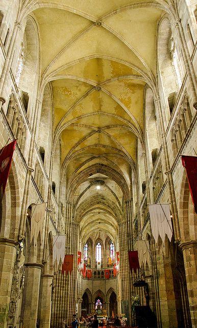 La catedral de Treguier / Treguier cathedral by SBA73, via Flickr
