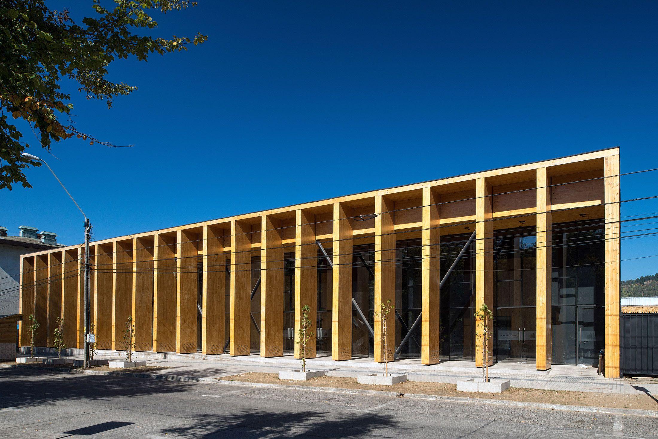 Alejandro Aravena Con Imagenes Colegios Arquitectura