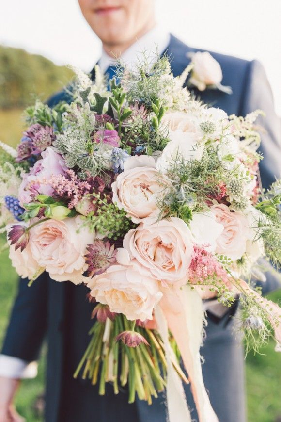 An English Country Garden Style Wedding At Woodhill Hall Wedding Flower Decorations Flower Bouquet Wedding Bridal Flowers