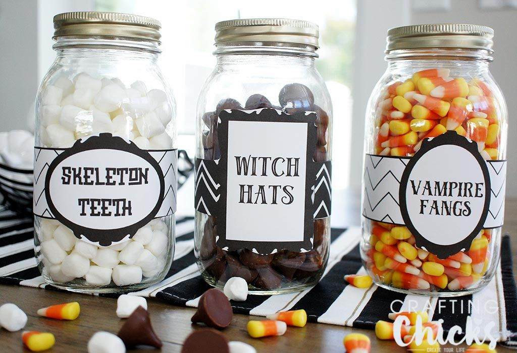 Let me show you how I created these Spooky Halloween Candy Jar Labels in Adobe Photoshop Elements 15, the newest version of Photoshop Elements.