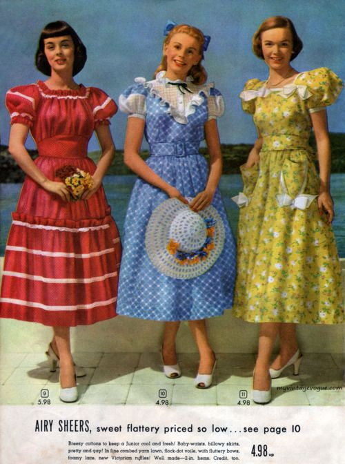 1948...love how the middle girl looks like Dorothy
