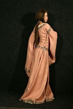 medieval dress flax linen fair lady medioevo pinterest irish