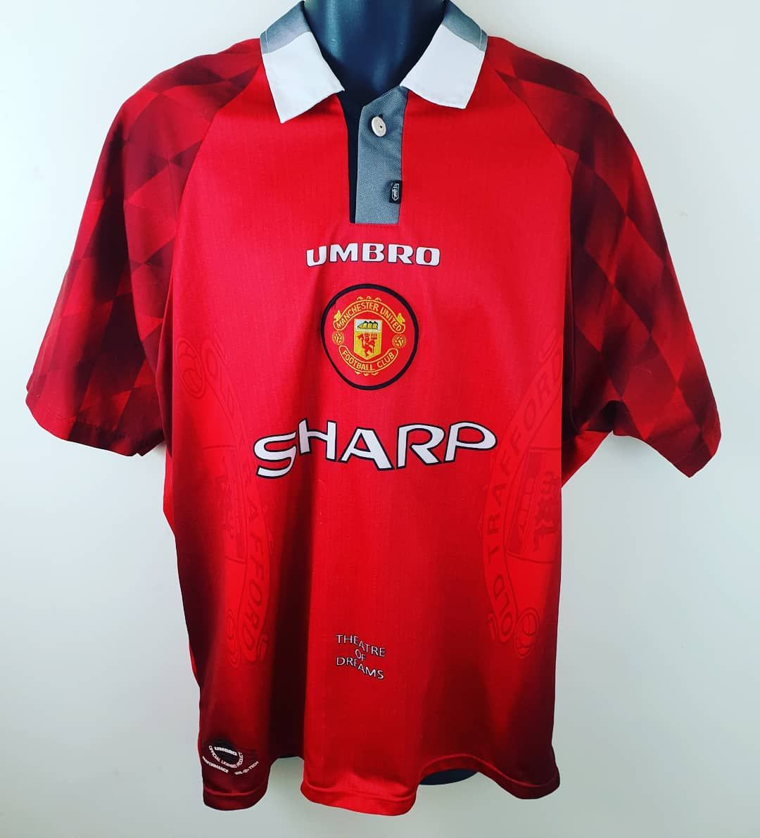 Another 90s Classic Soon To Be On Sale Manchester United 96 97 Theatre Of Dreams Shirt By Umbro M Retro Football Shirts Football Shirts Retro Football