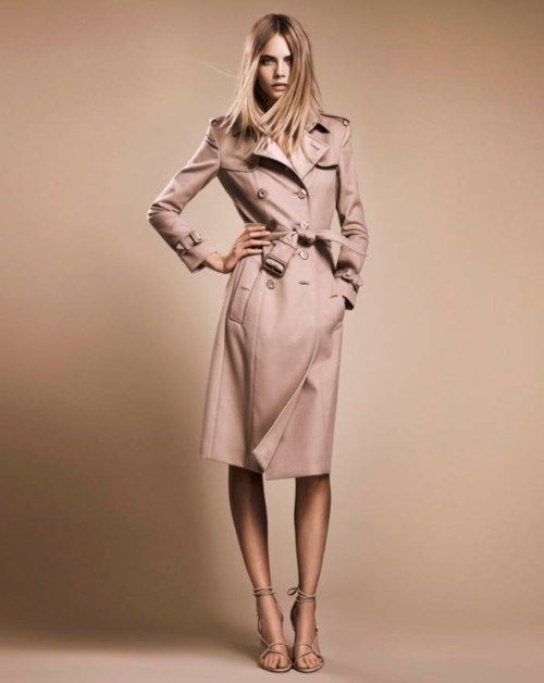 fafae1f96bb6 Burberry Trench worn by Cara Delevingne