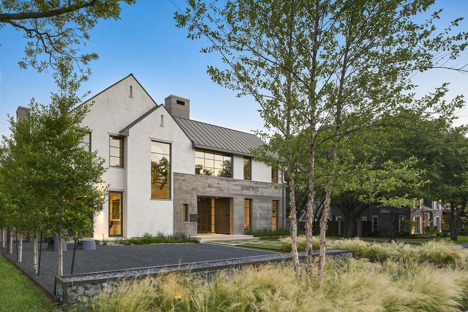Outstanding Contemporary Home In Texas With Inspiring Design Details In 2020 Modern Farmhouse Exterior Architect Contemporary House