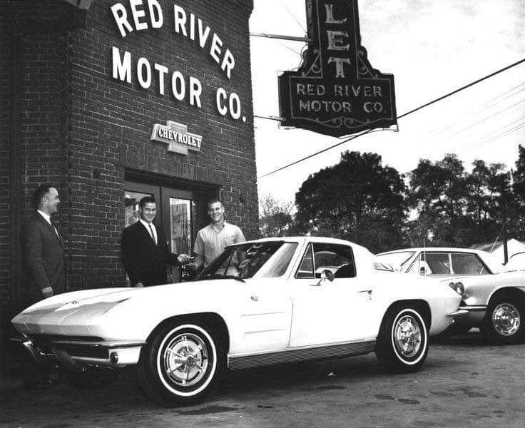 Vintage corvette by Johnny Tharp on Old car dealerships