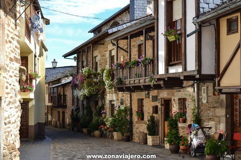 Puebla De Sanabria Visita A Uno De Los Pueblos Más Bonitos De Zamora Lugares Preciosos Vacaciones España Y Pueblos De España