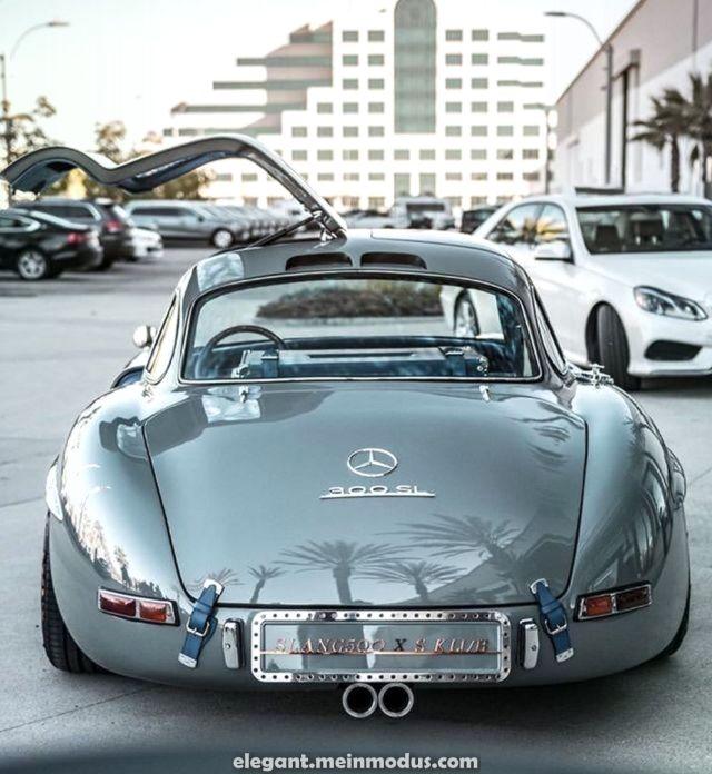 Spektakulär Mercedes 300 SL, eines welcher kultigsten Autos aller Zeiten