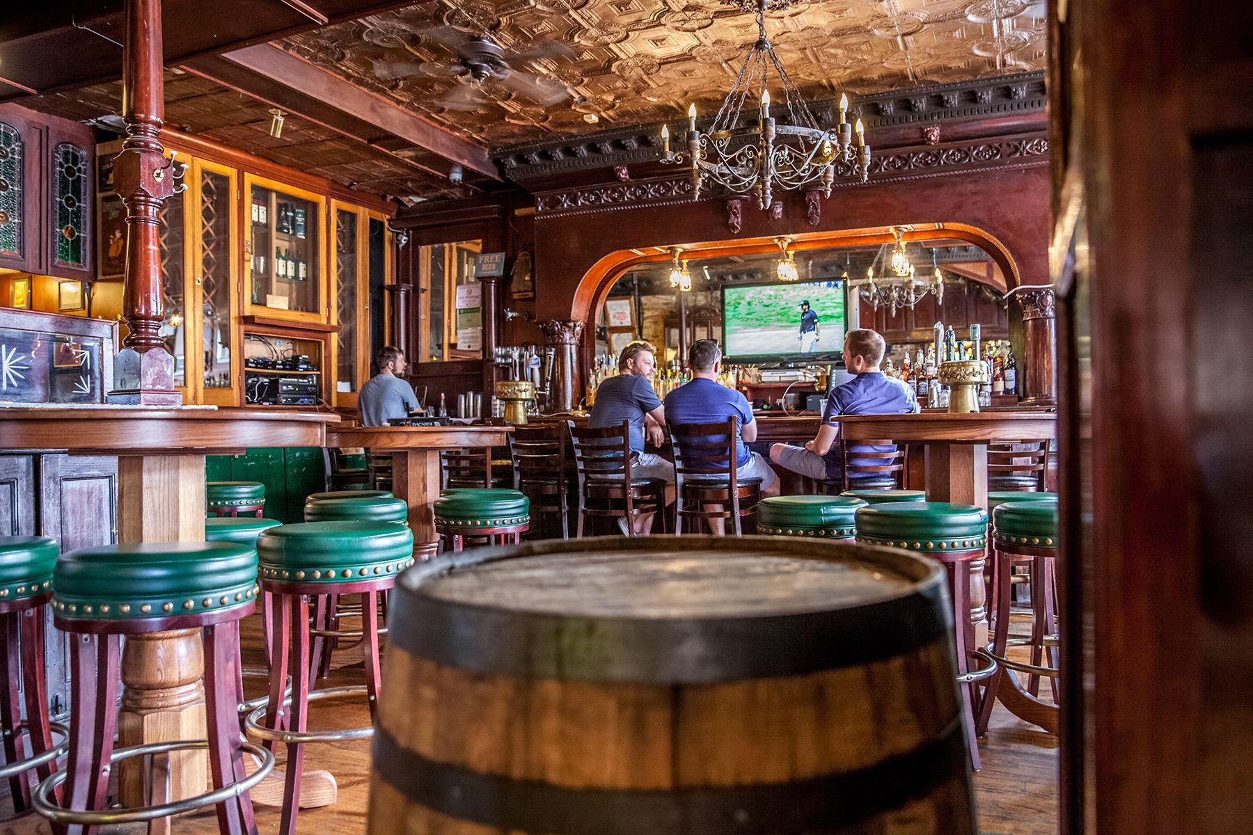 irish nobleman commercial bar designers custom home bar builders chicago - Commercial Bar Design Ideas