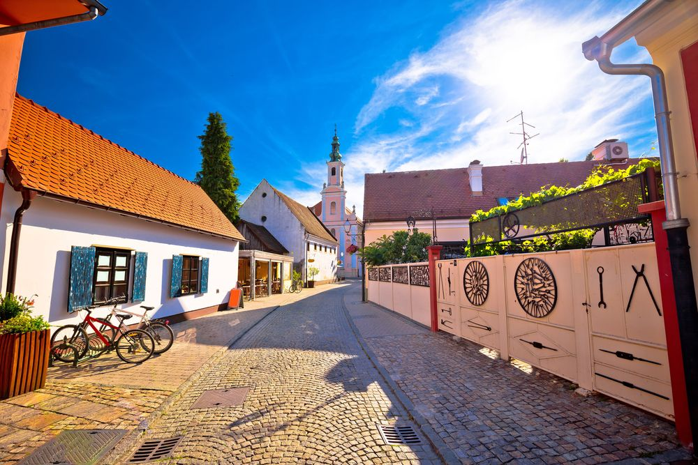 15 Best Day Trips From Zagreb The Crazy Tourist Varazdin Croatia Beautiful Places In The World