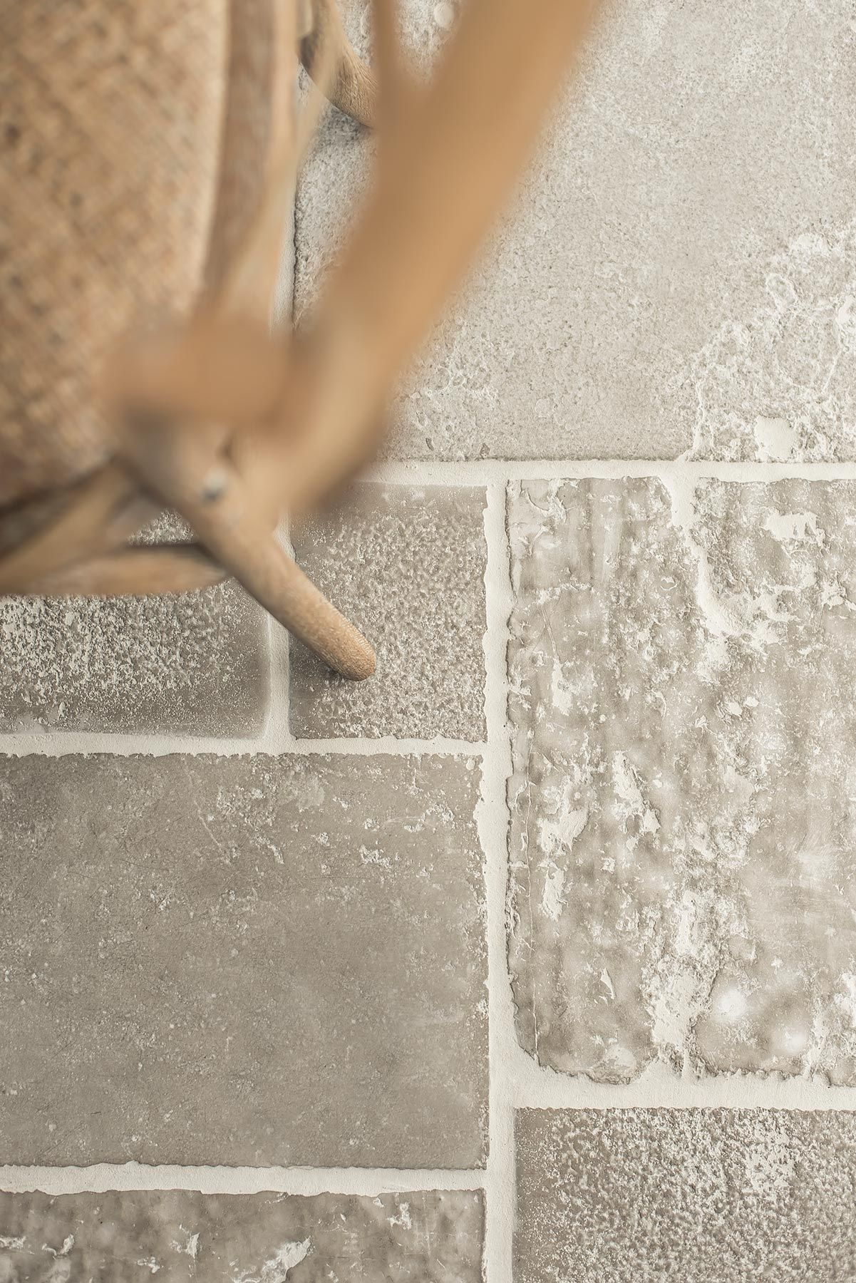 raw stones vloeren stenen kerkvloer vloerverwarming