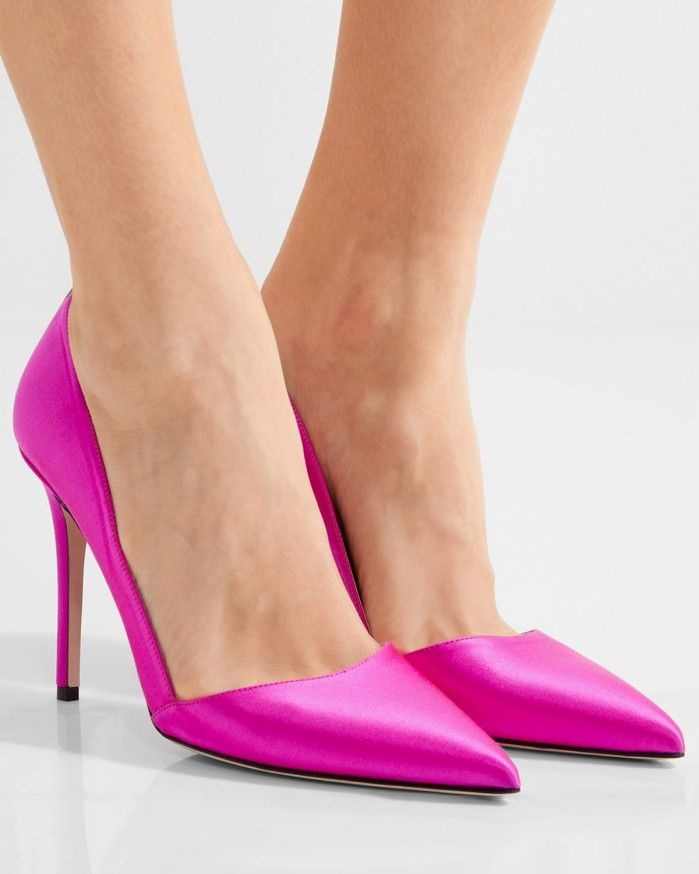 SJP BY SARAH JESSICA PARKER Rampling satin pumps | Buy ➜ https://shoespost.com/sjp-sarah-jessica-parker-rampling-satin-pumps/