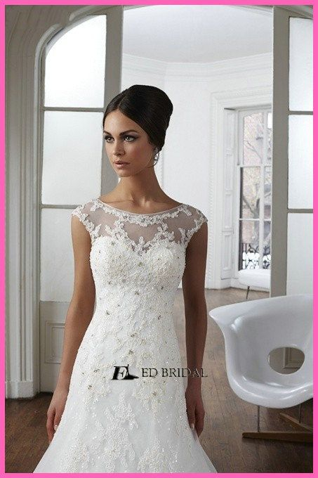New Fashion Ladies Suits Lace Designs Cap Sleeve Scoop Neckline