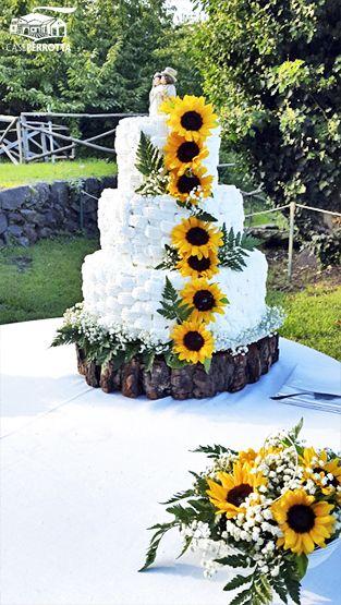 Torte Matrimonio Girasoli : Torta nuziale a tre piani con girasole tortas torta nuziale