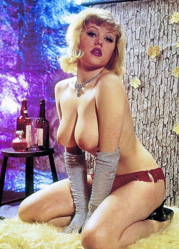 club erotica girls photos