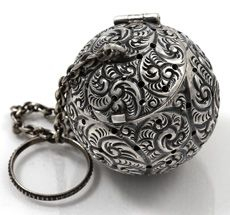 whiting repousse tea ball