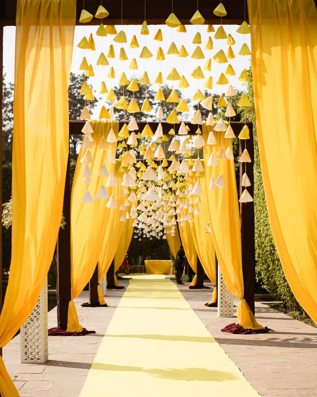New Mehendi Decor Trends This Wedding Season!