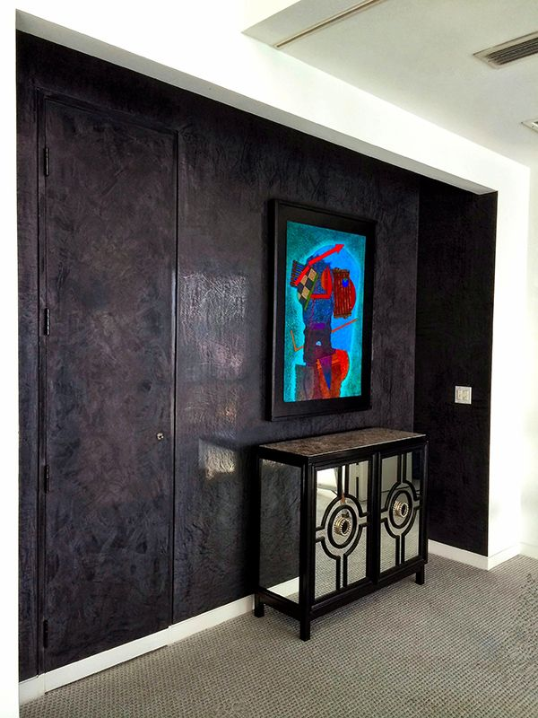 Black Venetian Plaster Wall Finish by Artesanos Design Group | Modern  Masters Cafe Blog