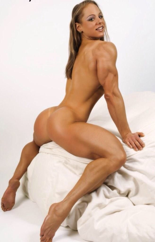 nude muscled up women