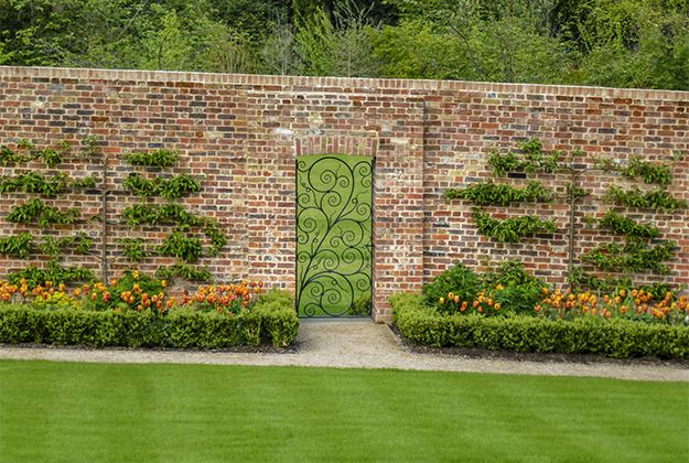 Planting In Walled Gardens Google Search Landscape Architecture Design Landscape Design Garden Design