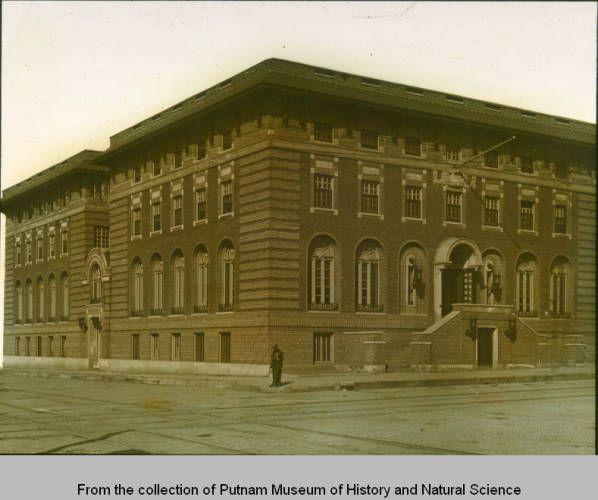 Davenport YMCA Building Circa 1920. 4th And Harrison
