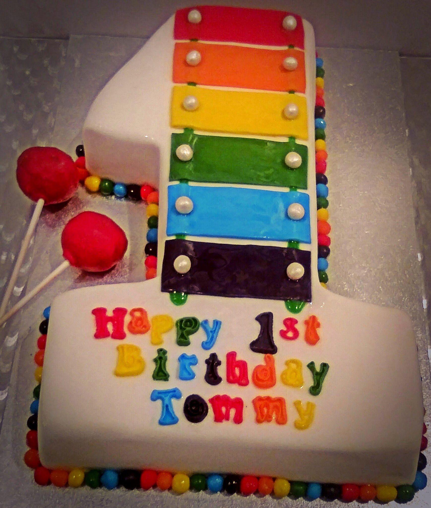 1st Bday Cake Xylophone #1 #victoriasponge
