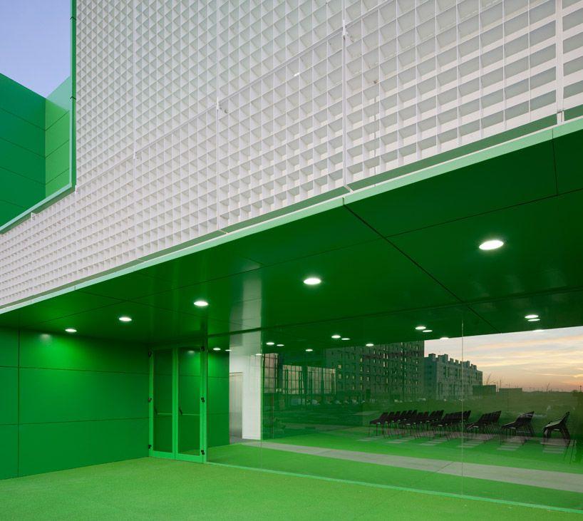 dosmasunoarquitectos: social services center in mostoles