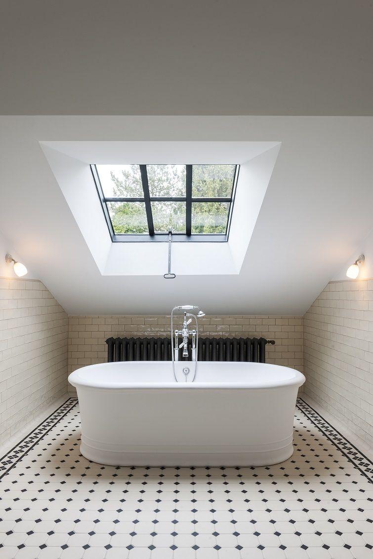 Taps & Baths - vrijstaand bad - strak landelijke badkamers | Huis ...
